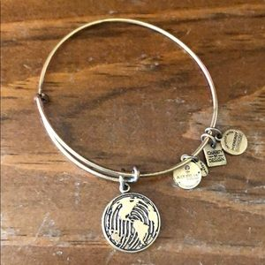 Alex and Ani: Change the World - gold